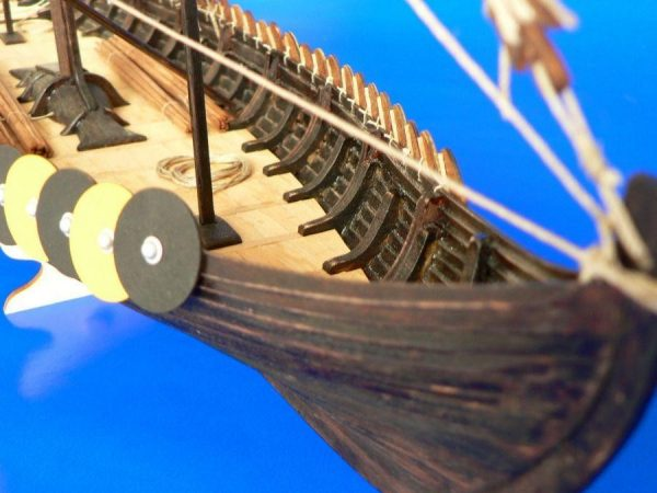 Viking Ship Gokstad - 1:72 Scale
