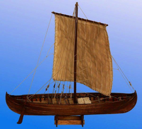 Viking Knarr, 11th Century - 1:72 Scale