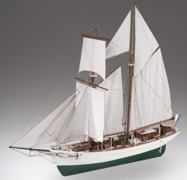 La Belle Poule, French Navy Schooner