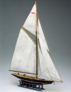 Mini Mamoli Brittania Wood Ship Kit