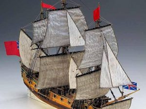 HMS Peregrine wooden ship model kit